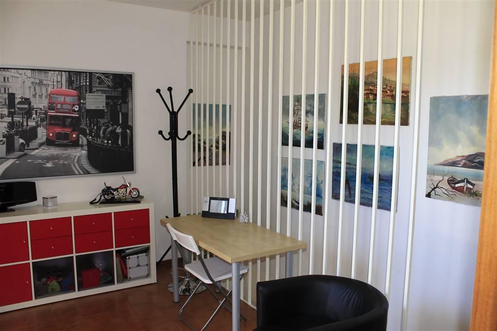 Appartamento in vendita a Numana, 3 locali, zona Zona: Numana Alta, prezzo € 85.000   CambioCasa.it