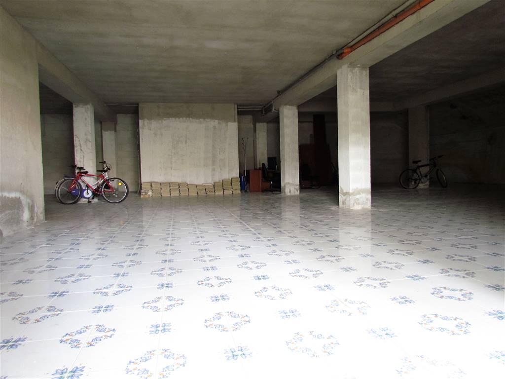 Locale commerciale, Quartiere Nord - Scossicci, Porto Recanati, da ristrutturare
