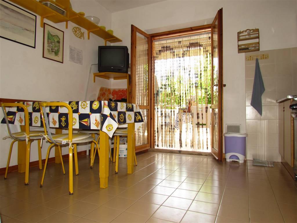 Appartamento in vendita a Numana, 3 locali, zona Zona: Marcelli, prezzo € 125.000   CambioCasa.it