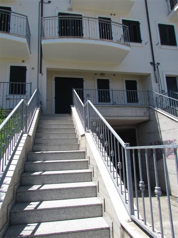 Appartamento in vendita a Porto Recanati, 3 locali, zona Zona: Quartiere Ovest - Grotte - Montarice, prezzo € 100.000 | CambioCasa.it