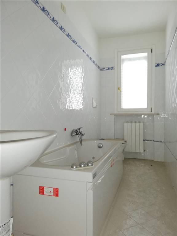 bagno con vasca idro