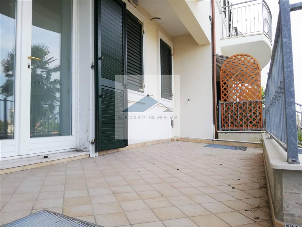 Appartamento in vendita a Porto Recanati, 3 locali, zona Zona: Quartiere Ovest - Grotte - Montarice, prezzo € 132.000 | CambioCasa.it
