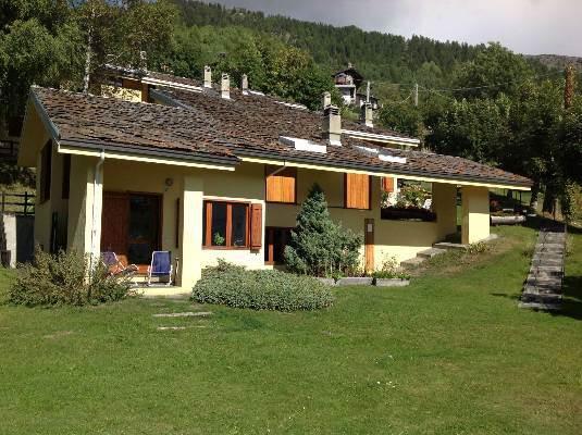 Villa Bifamiliare in Vendita a La Salle