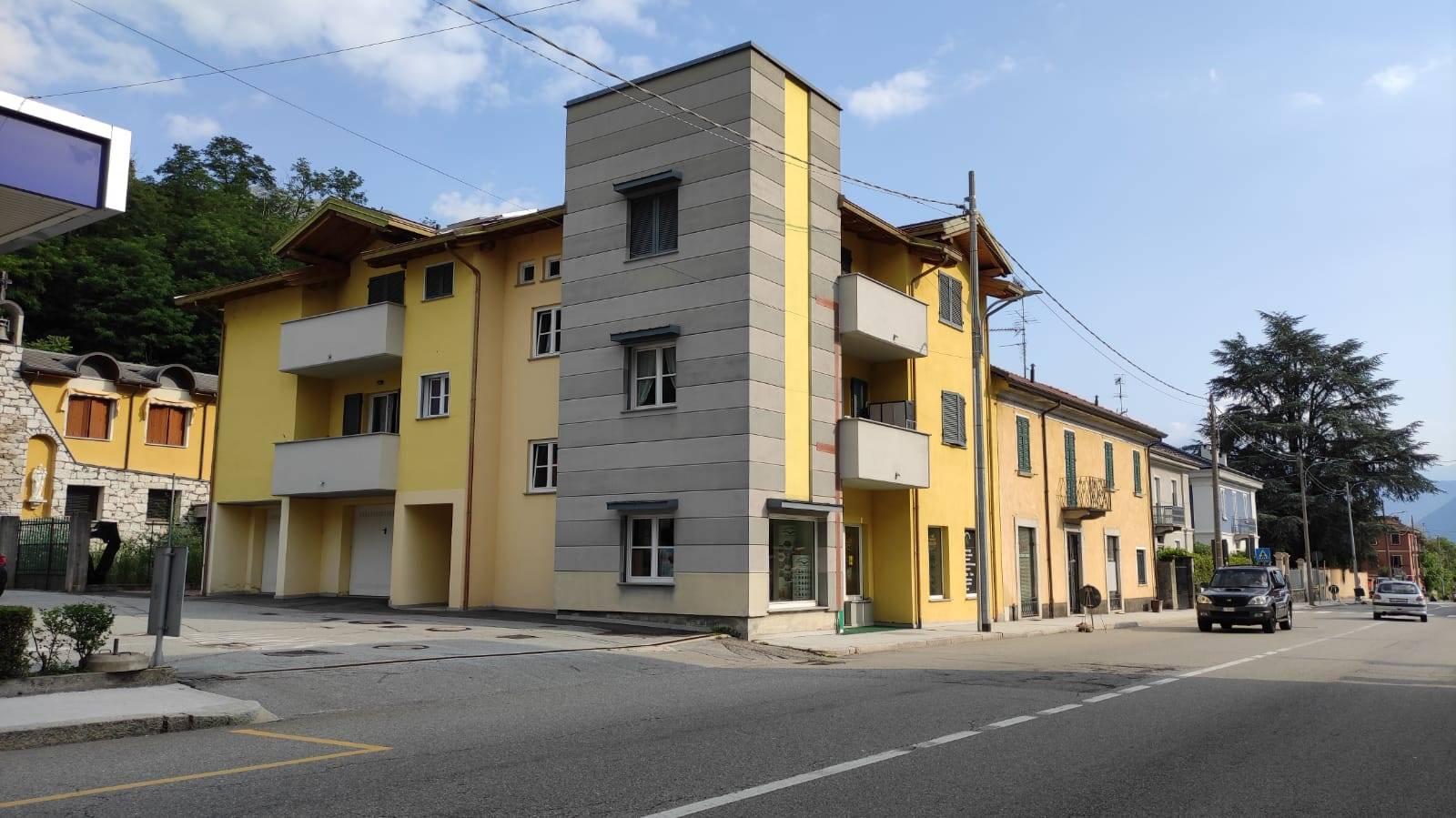 Appartamento in affitto a Omegna, 2 locali, zona Zona: Crusinallo, prezzo € 450   CambioCasa.it