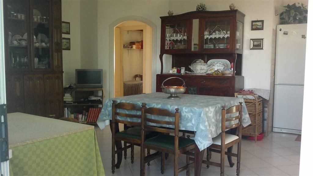 Angolo Cottura In Veranda : Appartamento in vendita a sperlonga zona centro latina rif vc