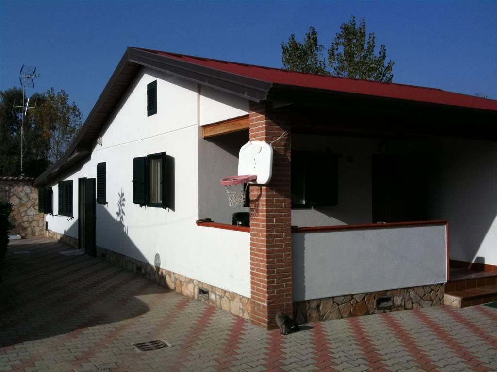 Villa, Sperlonga, abitabile