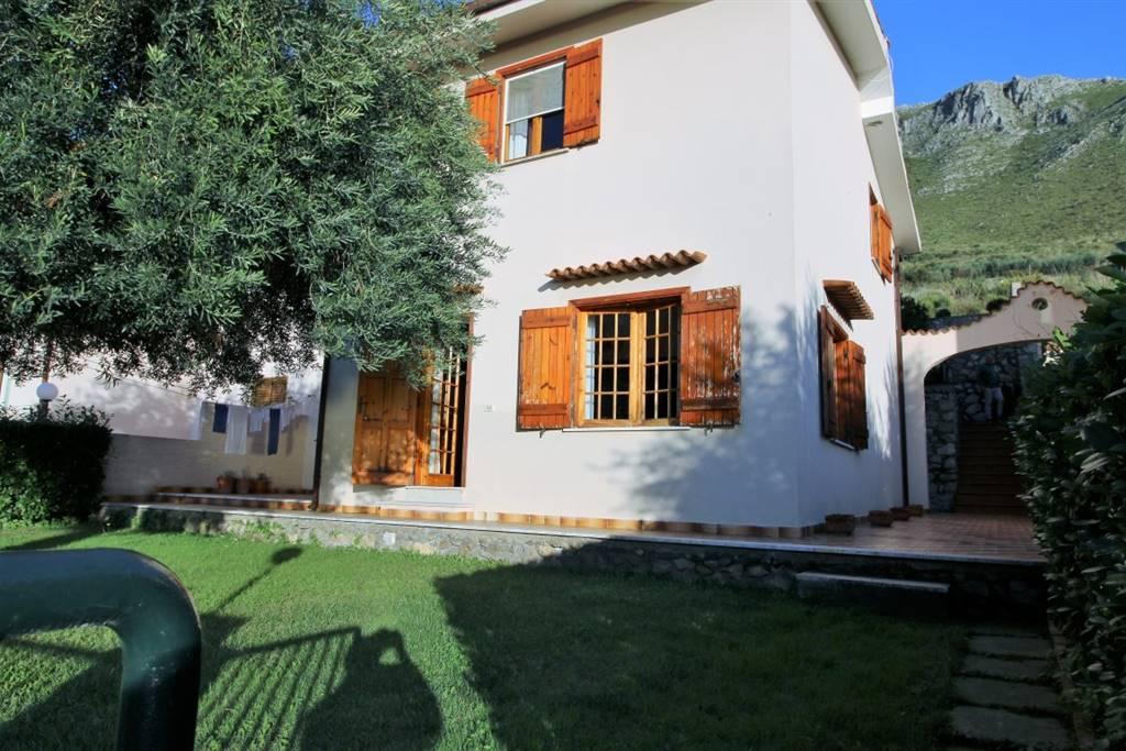 Villa, Sperlonga, ristrutturata
