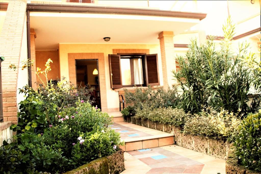 Villa, Sperlonga, in ottime condizioni