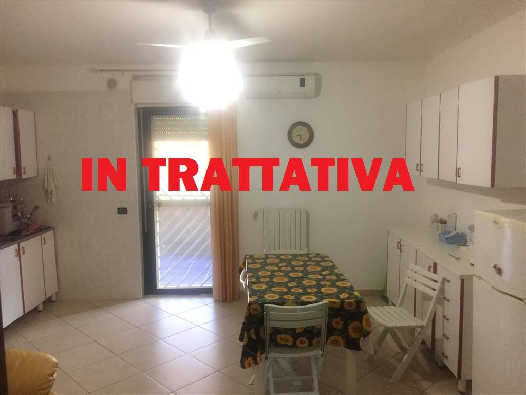 SAN PAOLO, BARI, Apartment for sale of 105 Sq. mt., Restored, Heating Individual heating system, Energetic class: G, Epi: 2 kwh/m2 year, placed at 1°