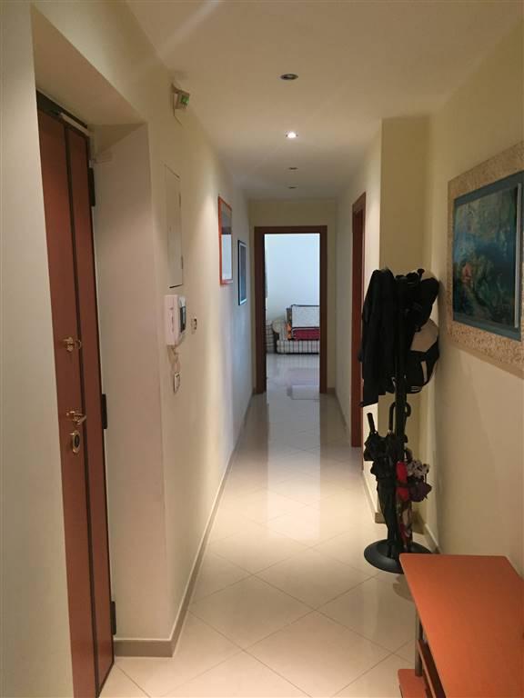 Quadrilocale, Madonnella, Bari, ristrutturato
