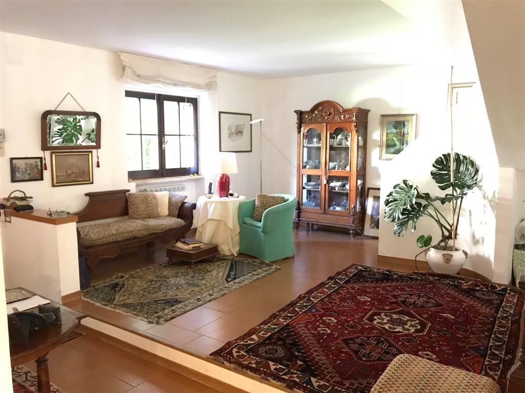 CELLAMARE, Villa zu verkaufen von 220 Qm, Beste ausstattung, Heizung Unabhaengig, Energie-klasse: G, Epi: 2 kwh/m2 jahr, am boden Land auf 1,