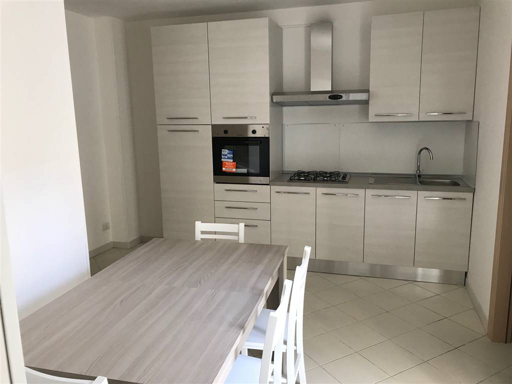 MADONNELLA, BARI, Apartment for sale of 80 Sq. mt., Restored, Heating Individual heating system, Energetic class: G, Epi: 2 kwh/m2 year, placed at