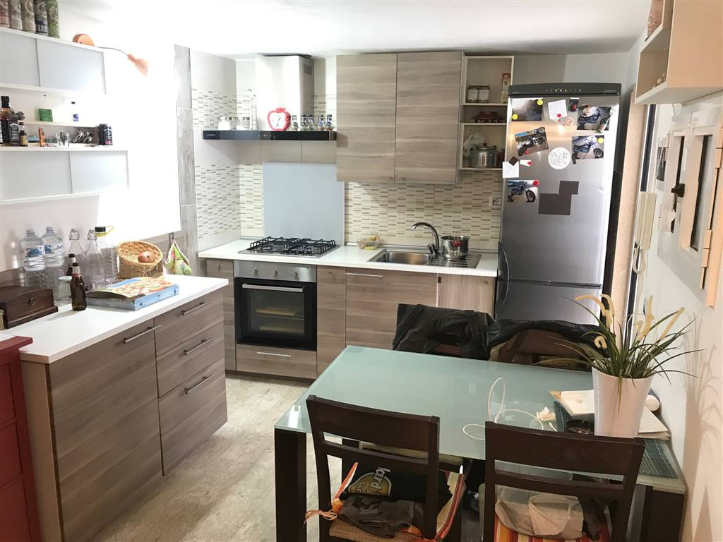 CARRASSI, BARI, Apartment for sale of 25 Sq. mt., Restored, Heating Non-existent, Energetic class: G, Epi: 2 kwh/m2 year, placed at Ground on 2,