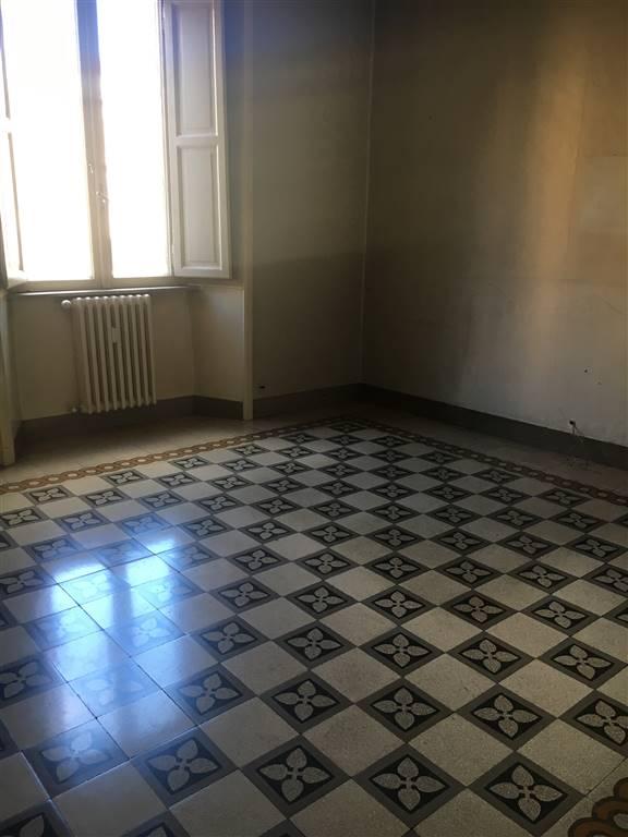Quadrilocale, S.giovanni, Esquilino, San Lorenzo,, Roma, da ristrutturare