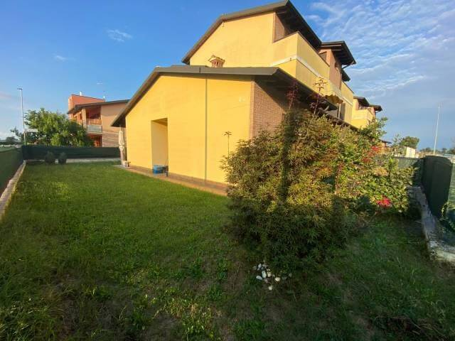 Appartamento in vendita a Stagno Lombardo, 3 locali, prezzo € 105.000 | CambioCasa.it