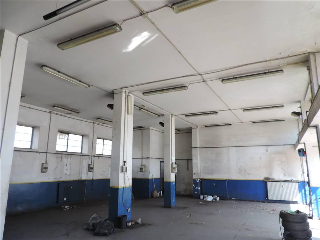 Immobile Commerciale in vendita a Alessandria, 9999 locali, zona Zona: Galimberti, prezzo € 200.000 | CambioCasa.it