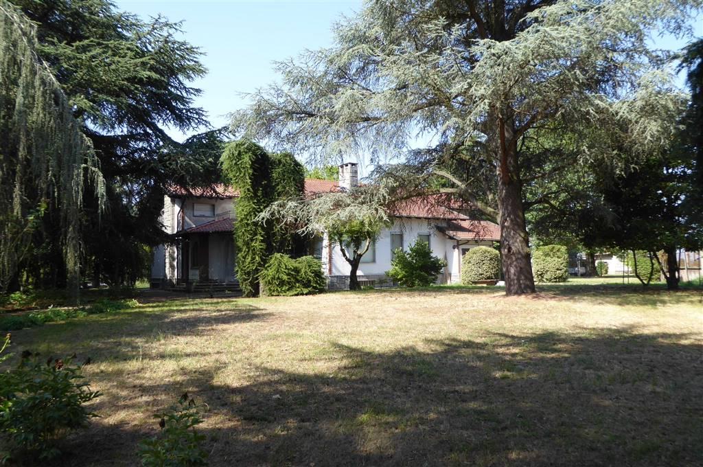 Soluzione Indipendente in vendita a Valenza, 11 locali, zona Zona: Monte Valenza, prezzo € 200.000 | CambioCasa.it
