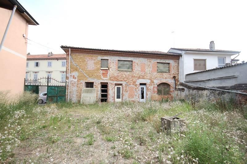 Soluzione Indipendente in vendita a Masio, 9 locali, zona Località: ABBAZIA, prezzo € 190.000   PortaleAgenzieImmobiliari.it