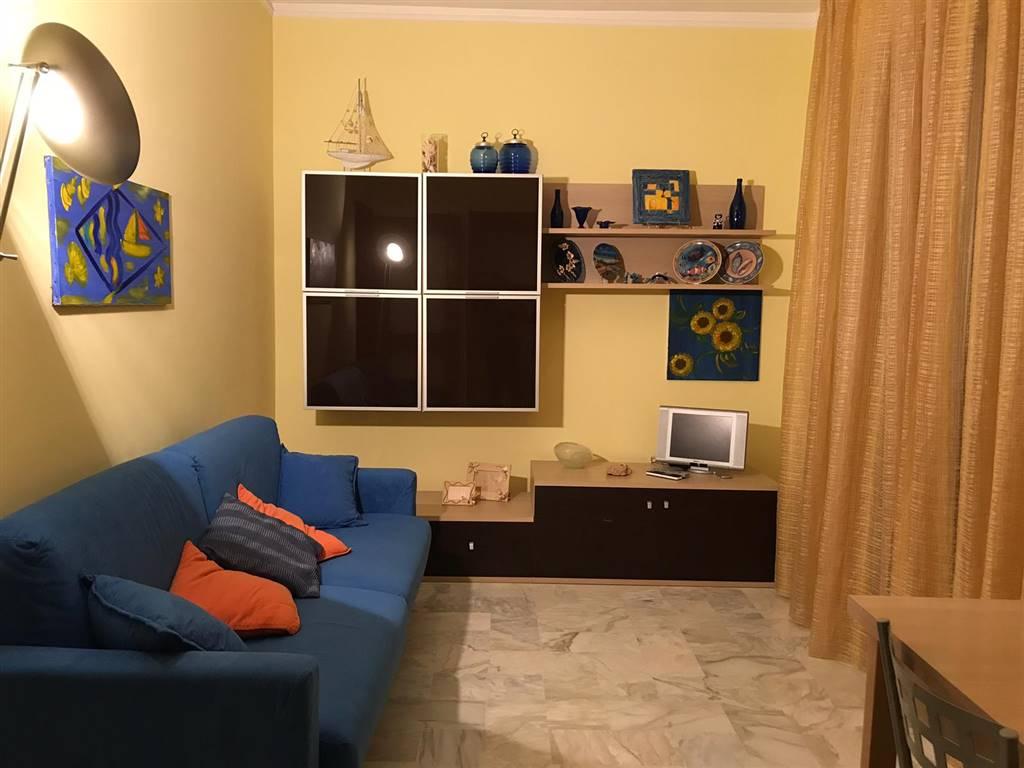 Appartamento in affitto a Pietra Ligure, 3 locali, prezzo € 600   CambioCasa.it