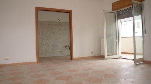 Appartamento, Via Popilia, Cosenza, in ottime condizioni