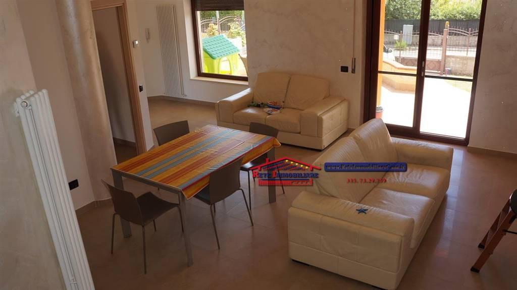 Villa, Mendicino, in ottime condizioni