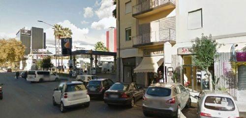 Negozio / Locale in vendita a Cosenza, 9999 locali, prezzo € 130.000   CambioCasa.it