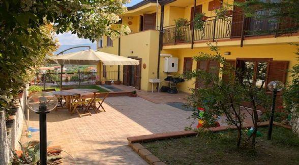 Appartamento indipendente, Di Pasquali, Mendicino, in ottime condizioni