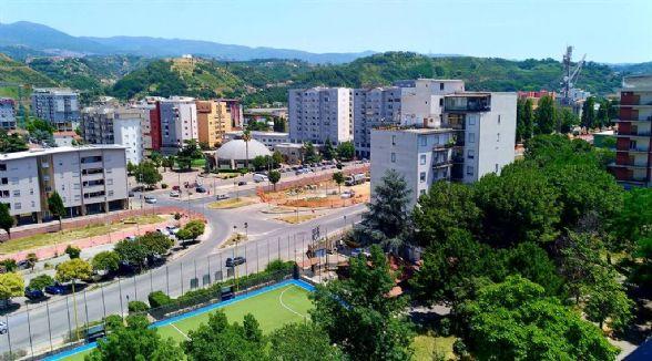Appartamento in affitto a Cosenza, 10 locali, zona Zona: Loreto, prezzo € 500   CambioCasa.it