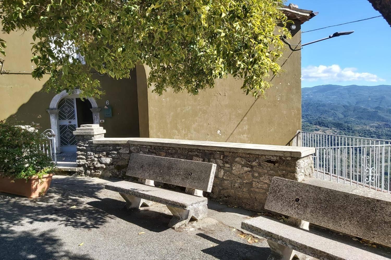 Appartamento in vendita a Altilia, 11 locali, zona Località: MAIONE, prezzo € 70.000 | PortaleAgenzieImmobiliari.it