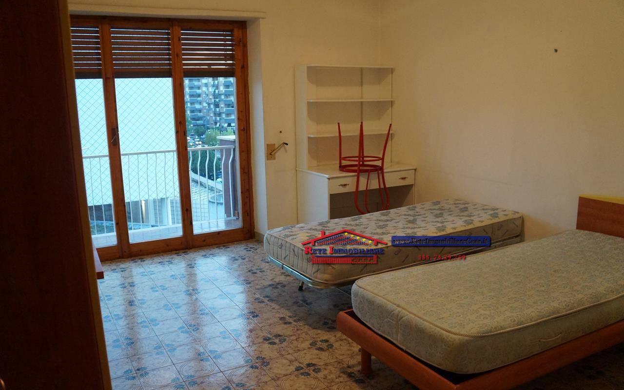 Appartamento in affitto a Rende, 4 locali, zona Località: COMMENDA, prezzo € 400 | CambioCasa.it