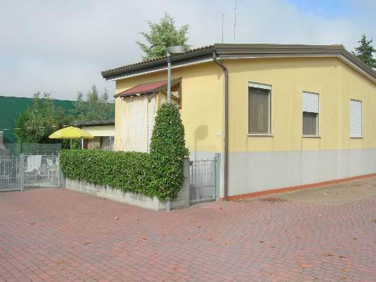 Villa a schiera, Lido Di Pomposa, Comacchio, in ottime condizioni