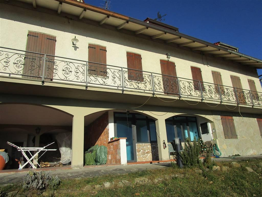 MOMIGNO, MARLIANA, Villa a schiera in vendita di 160 Mq, Ottime condizioni, Riscaldamento Autonomo, Classe energetica: G, composto da: 5 Vani, Cucina