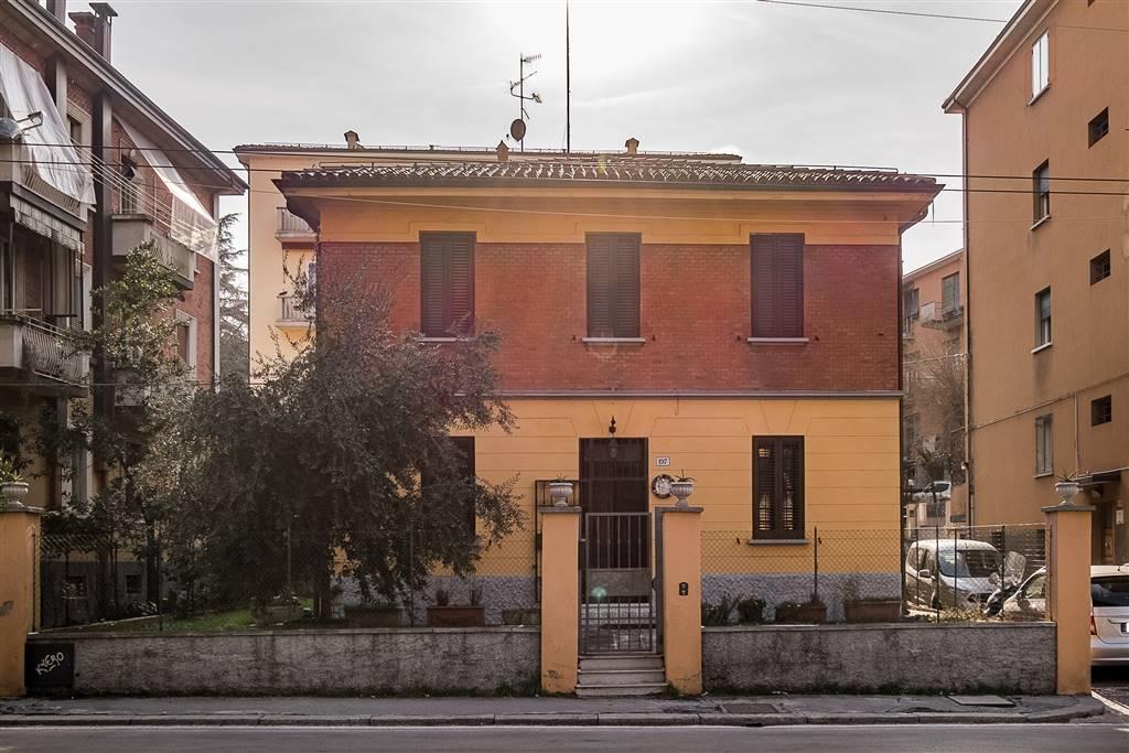 Villino in Via Augusto Murri 197, Murri,giardini Margherita, Bologna