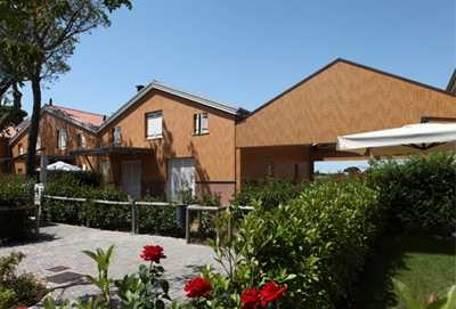 JESOLO Villetta in complesso con piscina e giardino Foto 2