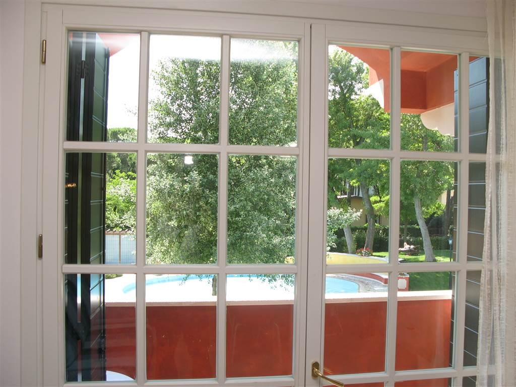 JESOLO Appartamento due camere in residence con piscina Foto 8