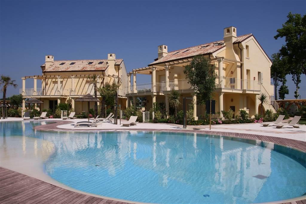 JESOLO Appartamento con piscina e giardino privato Foto 13