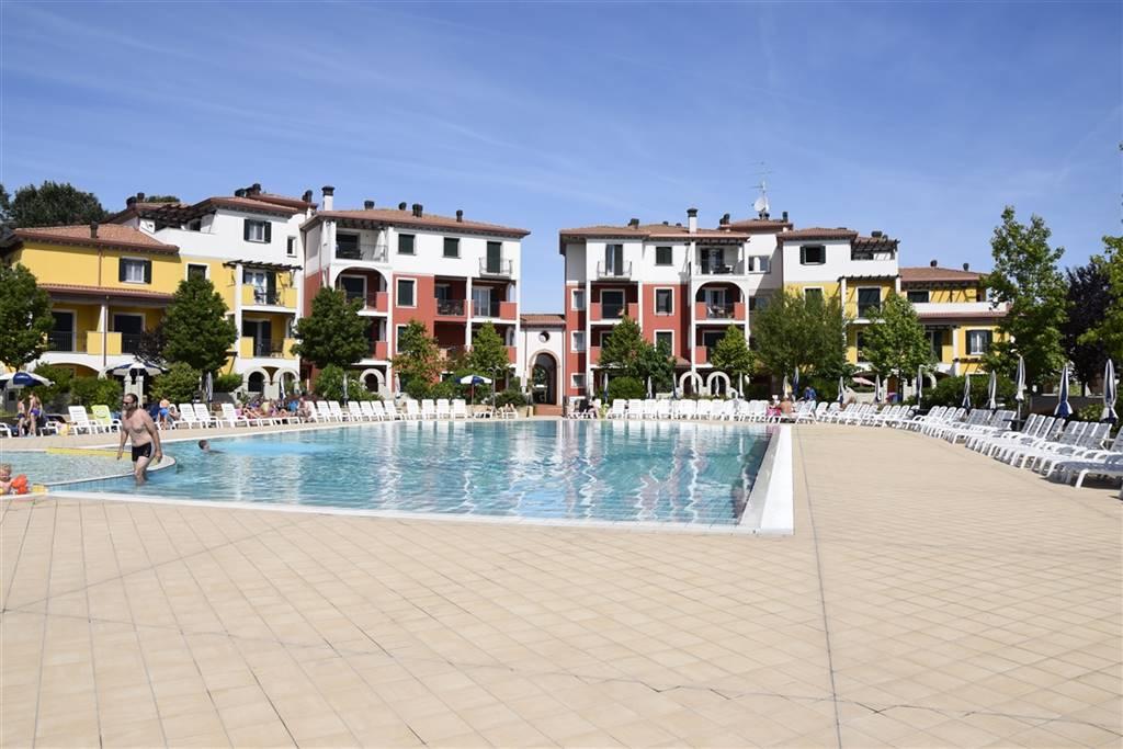 CAORLE, Appartamento in vendita di 42 Mq, Ottime condizioni, Classe energetica: C, Epi: 0 kwh/m2 anno, posto al piano Terra su 1, composto da: 2 Vani,