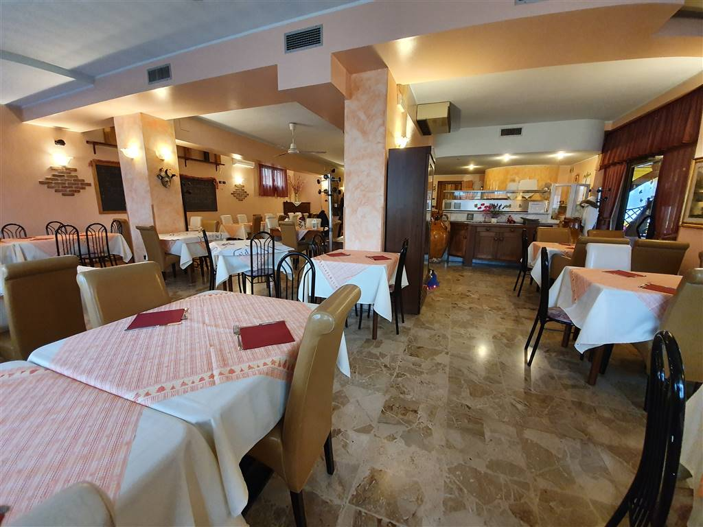JESOLO PAESE, JESOLO, Pizzeria / Pub for rent of 310 Sq. mt., Energetic class: D, composed by: 6 Rooms, 3 Bathrooms, Price: € 1,500