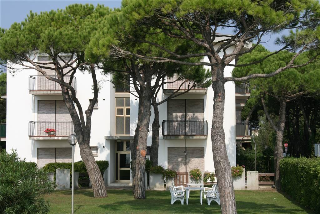 JESOLO Appartamento fronte mare con giardino privato Foto 13