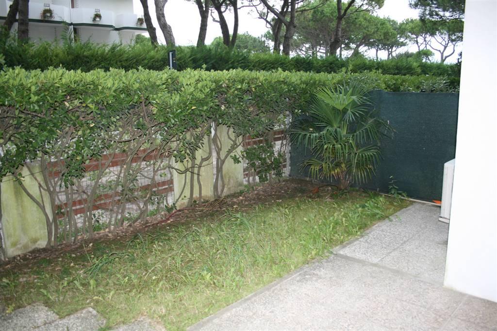 JESOLO Appartamento fronte mare con giardino privato Foto 10