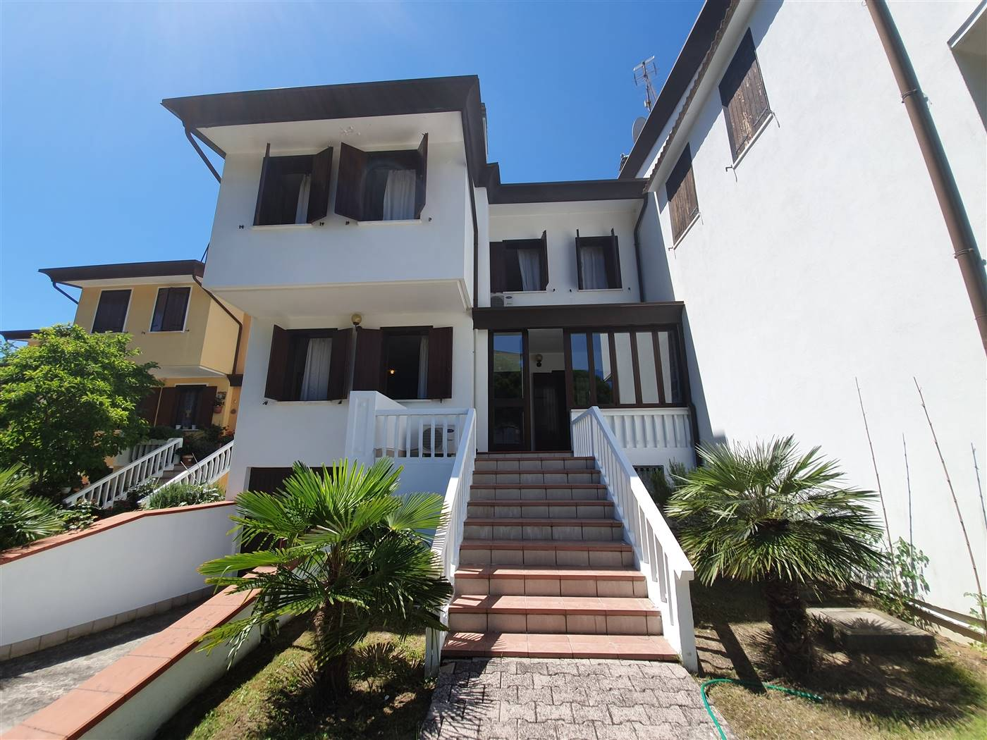 LIDO DI JESOLO, JESOLO, Terraced house for sale of 225 Sq. mt., Good condition, Heating Individual heating system, Energetic class: C, placed at