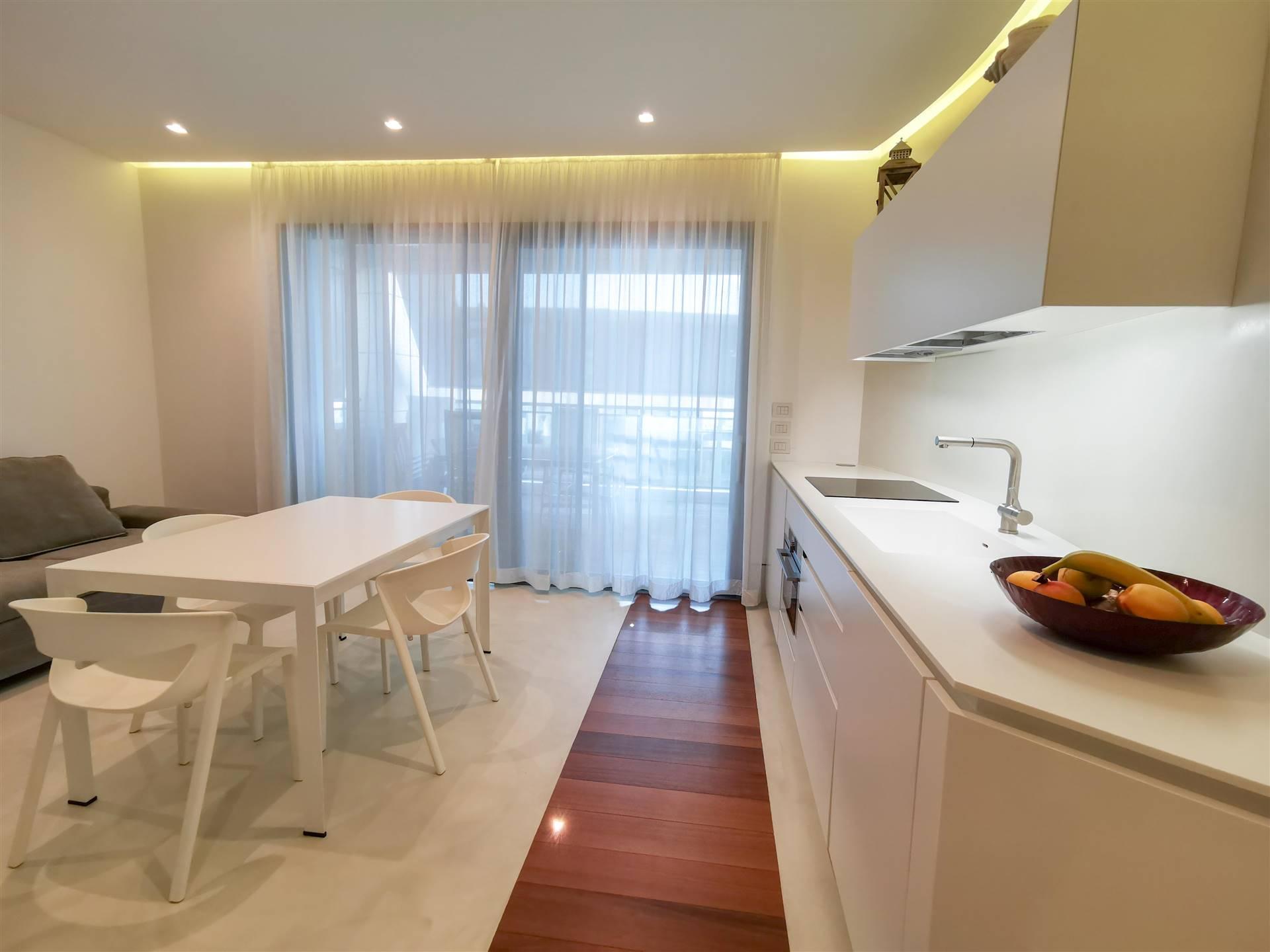 JESOLO Appartamento con due camere signorile con domotica Foto 2