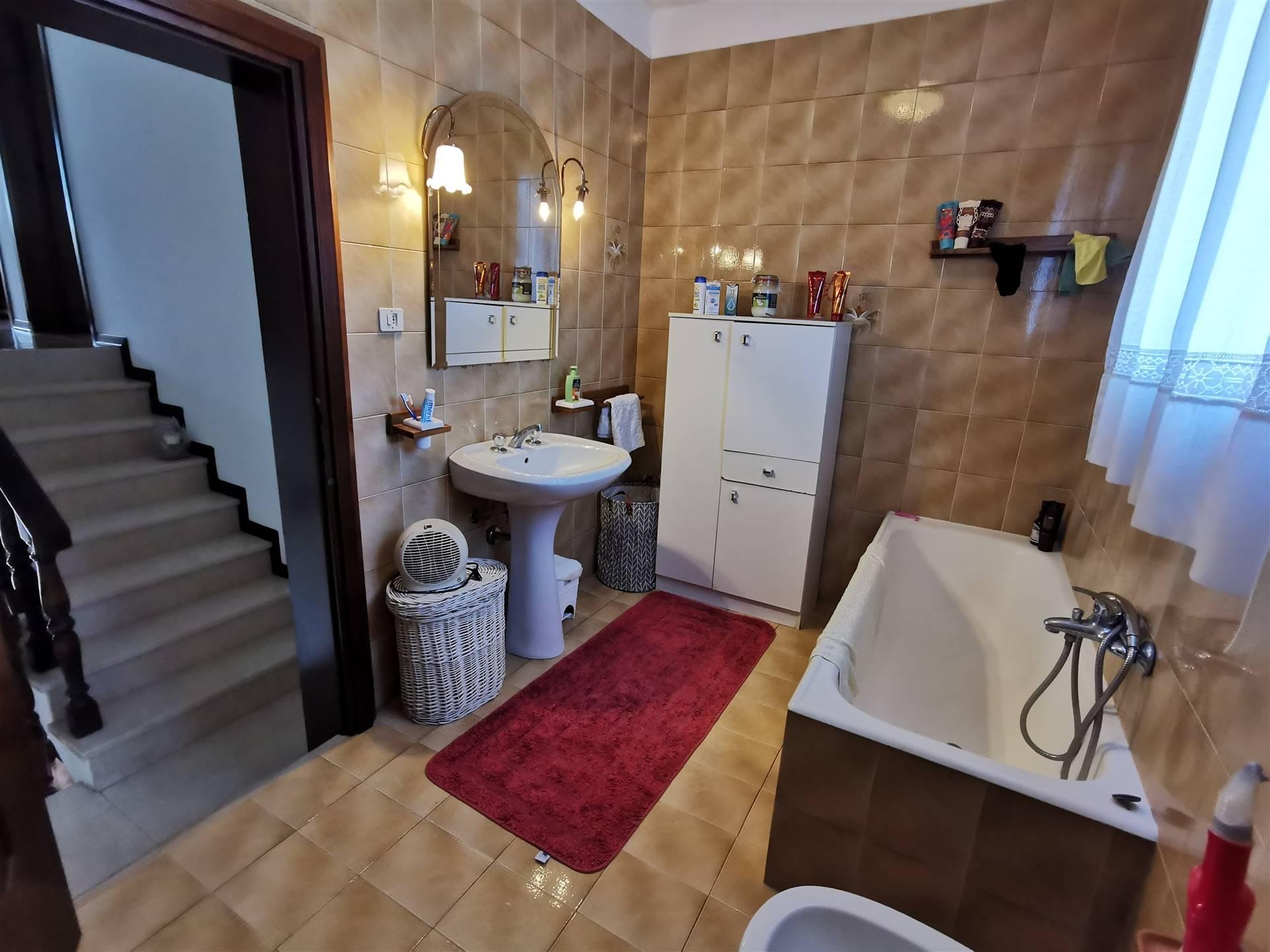 JESOLO CASALE doppia abitazione con terreno viticolo Foto 11