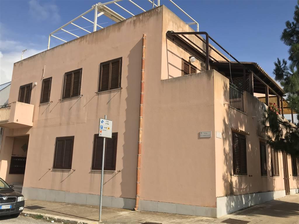 Appartamento in vendita a San Vito Lo Capo, 4 locali, prezzo € 290.000 | PortaleAgenzieImmobiliari.it
