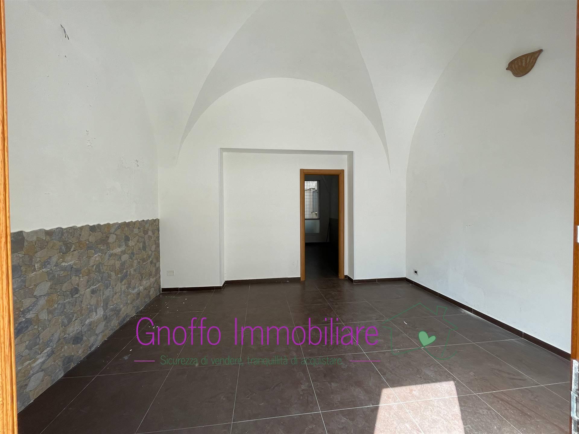 Negozio / Locale in affitto a Trapani, 1 locali, zona Zona: Centro storico, prezzo € 400 | CambioCasa.it