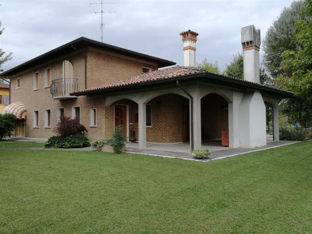 Villa in vendita a Fiume Veneto