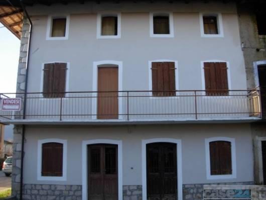 Rustico casale in Via Pordenone, San Giovanni, Polcenigo