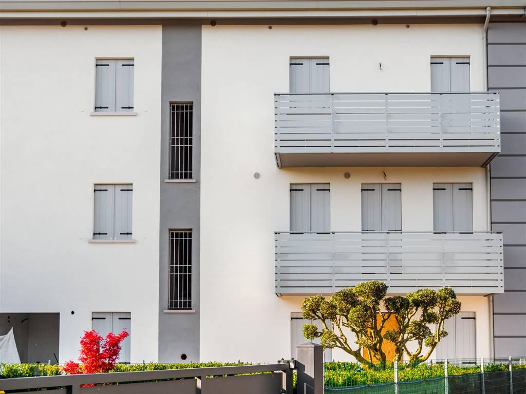 Chirignago nuova costruzione in bioediliza, porzione di casa indipendente di ampie dimensioni in zona tranquilla. Al piano terra troviamo ampia zona