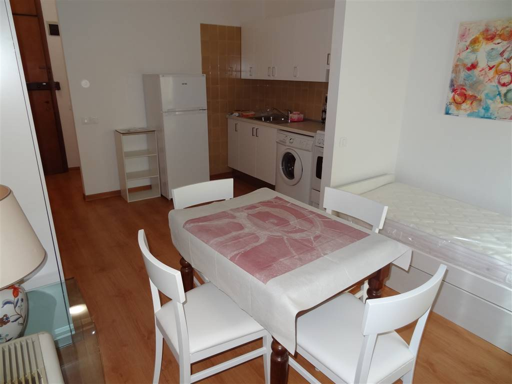 MESTRE CENTRO, VENEZIA, Apartment for rent of 30 Sq. mt., Habitable, Heating Centralized, Energetic class: G, Epi: 251,78 kwh/m2 year, placed at 1°