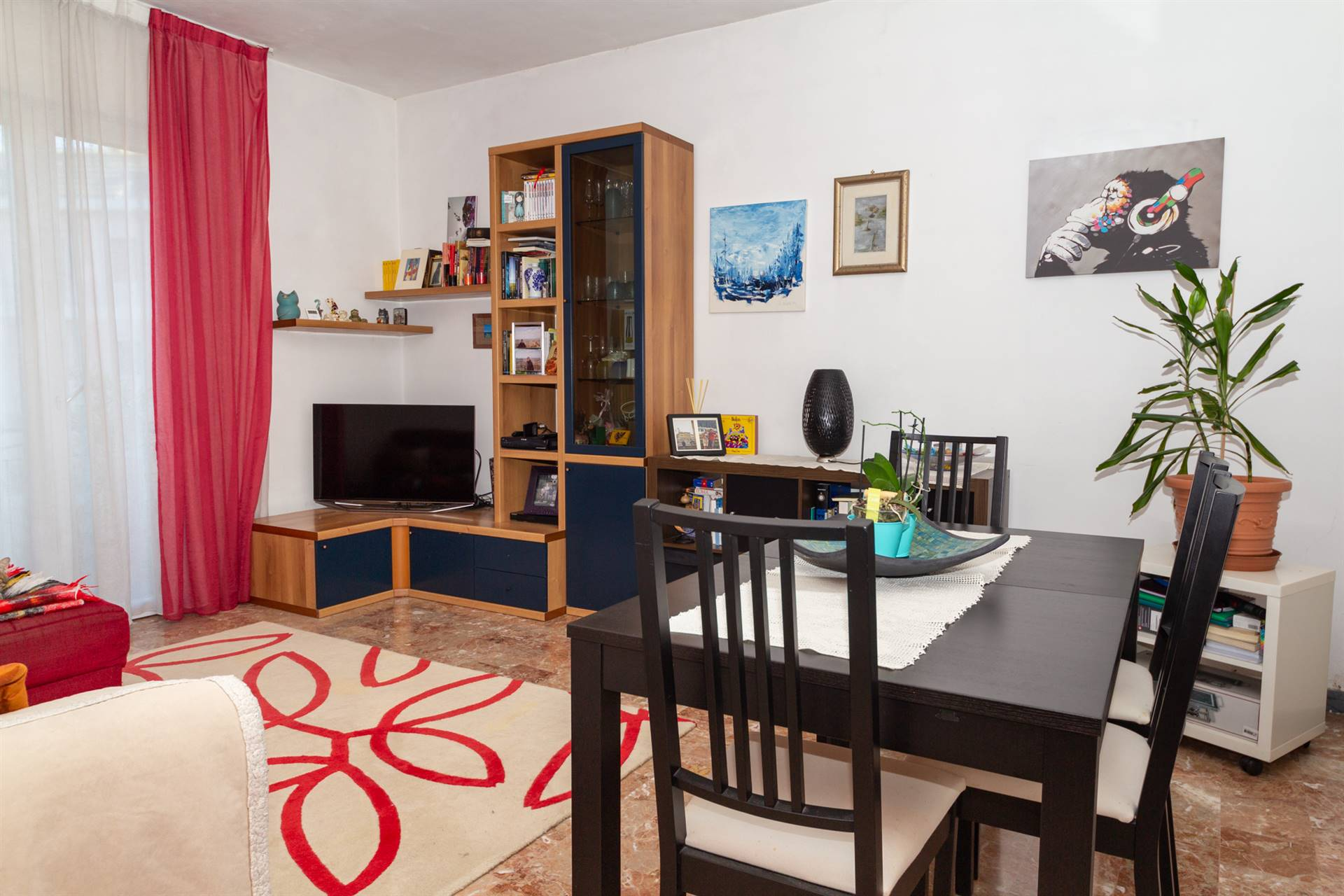 MIRANESE, VENEZIA, Apartment for sale of 85 Sq. mt., Excellent Condition, Heating Centralized, Energetic class: E, placed at 3° on 3, composed by: 4